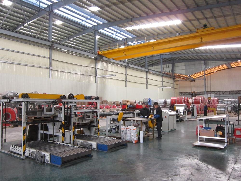 原材料仓库及裁剪设备