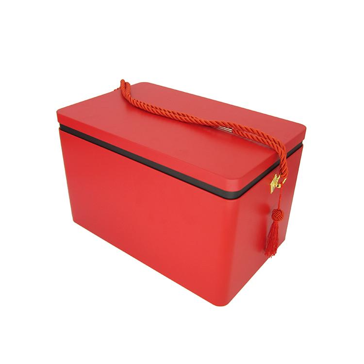 节庆礼品铁盒